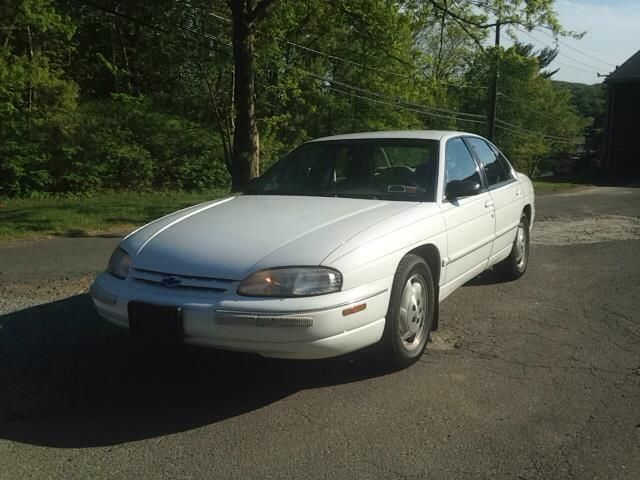 1998 Chevrolet Lumina 4dr Sedan LS