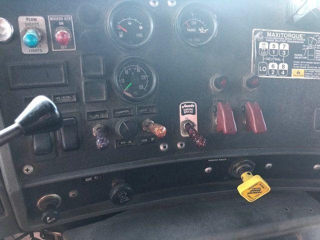 1998 Mack RD600  TAMDEM -AXLE 18 SPEED MAXITORQUE DUMP TRUCK - 17851006 - 9