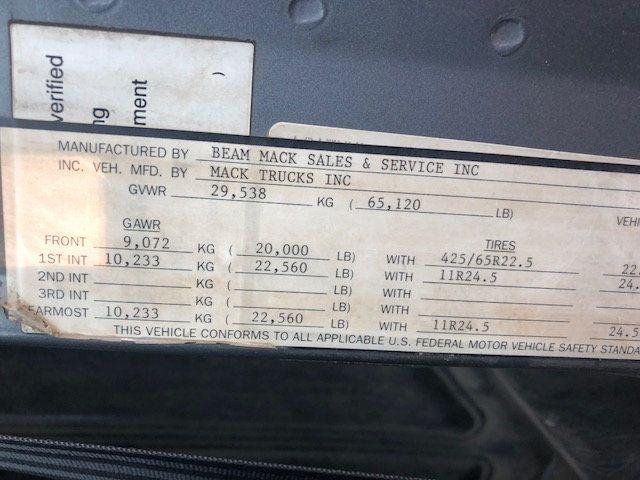 1998 Mack RD600  TAMDEM -AXLE 18 SPEED MAXITORQUE DUMP TRUCK - 17851006 - 19