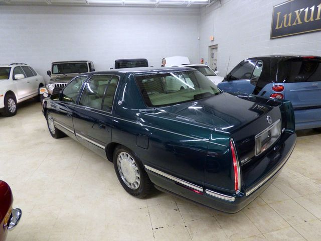 1999 Cadillac DeVille Base Trim - Click to see full-size photo viewer