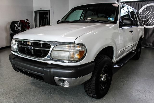 """1999 used ford explorer 4dr 112"""" wb xlt 4wd at dip's luxury motors"""
