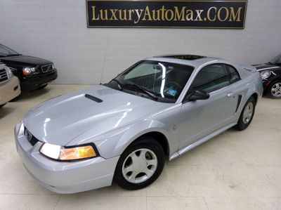 1999 Ford Mustang 2dr Coupe