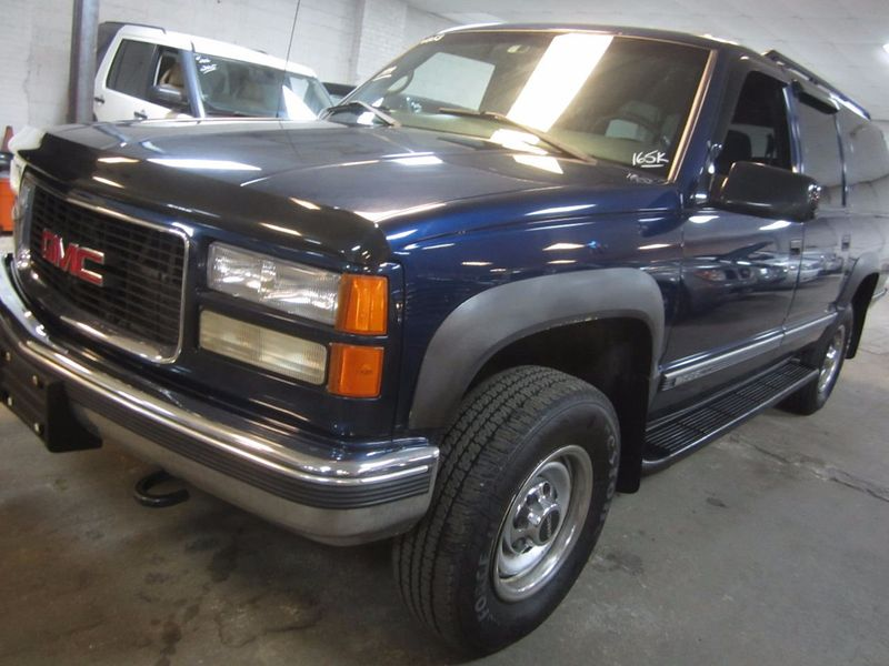 1999 Used Gmc Suburban 4x4 2500 Hd 7 4l V8 At Contact Us Serving Cherry Hill Nj Iid 16436313