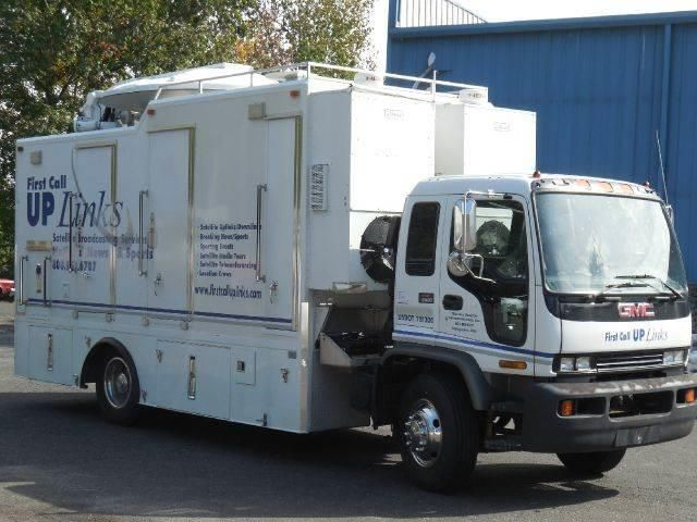 1999 GMC T-Series NEWS SAT TRUCK