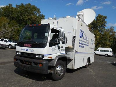1999 GMC T-Series NEWS SAT TRUCK - Click to see full-size photo viewer