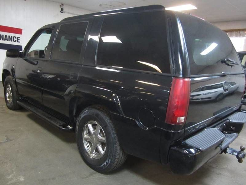 Used Gmc Yukon Denali >> 1999 Used Gmc Yukon Denali 4x4 At Contact Us Serving Cherry