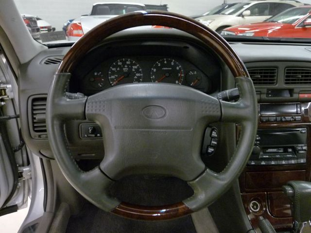 1999 Used Infiniti I30 At Luxury Automax Serving