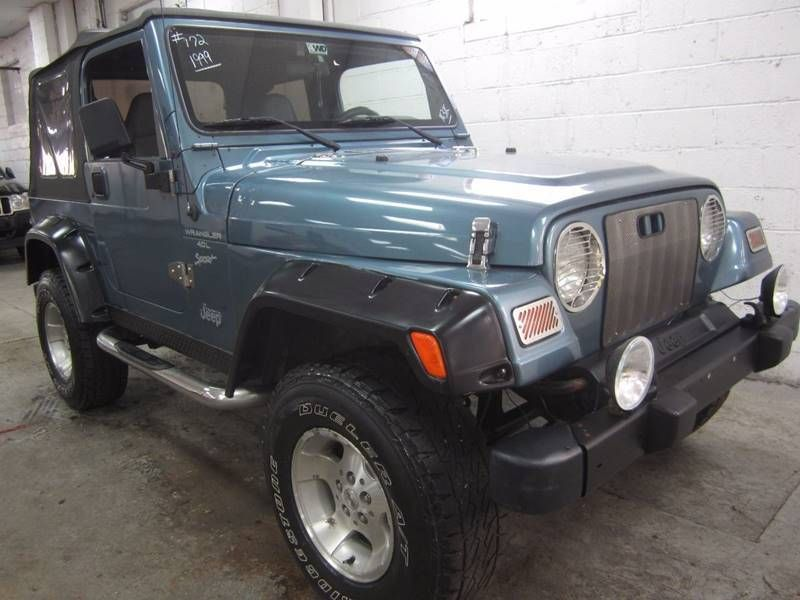 1999 Jeep Wrangler 4X4 / 4.0L / SPORT   16332048   0