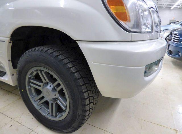 1999 lexus lx470 tire size