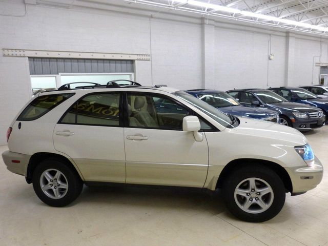 Great 1999 Lexus RX 300 Luxury SUV Base Trim   Click To See Full Size Photo