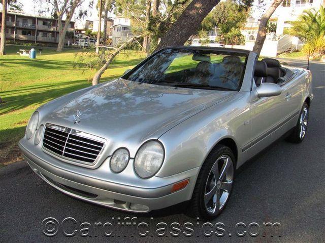 1999 Mercedes Benz CLK Class CLK320 2dr Cabriolet 32L