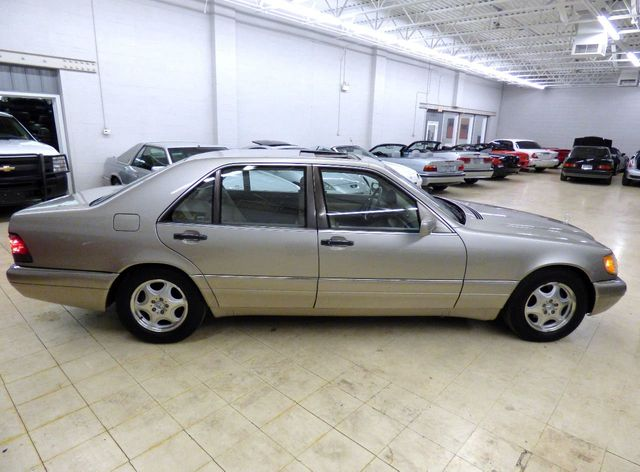 1999 Mercedes-Benz S-Class S420 4dr Sedan 4.2L - Click to see full-size photo viewer