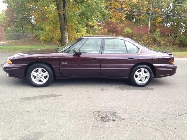 1999 Pontiac Bonneville SLE 4dr Sedan