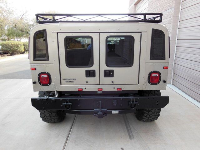 2000 AM General Hummer 4-Passenger Wgn Enclosed - Click to see full-size photo viewer