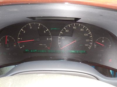 2000 Cadillac DeVille DTS 4dr Sedan - Click to see full-size photo viewer