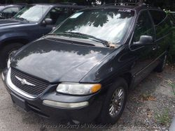 2000 Chrysler Town & Country - 1C4GP64L0YB644020