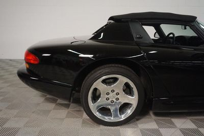 2000 Dodge Viper 2dr RT/10 Convertible - Click to see full-size photo viewer