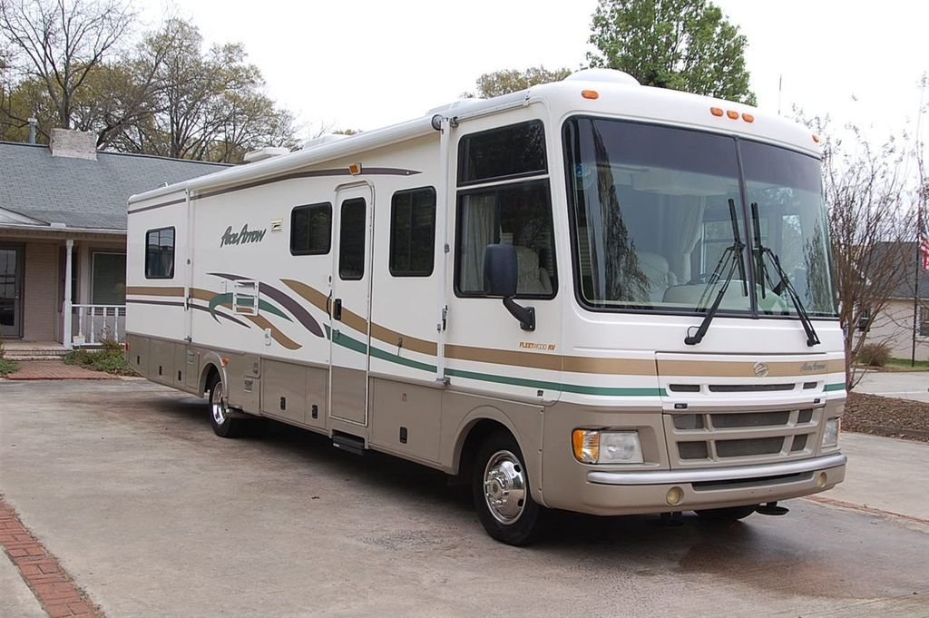 2000 Fleetwood F550 Motorhome Chass Pace Arrow 37S - 11250963 - 0