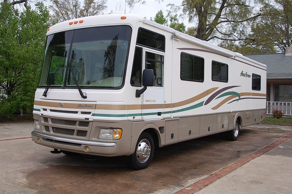 2000 Fleetwood F550 Motorhome Chass Pace Arrow 37S - 11250963 - 1