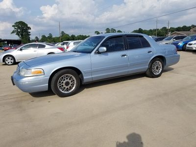 2000 Ford Crown Victoria - 2FAFP73W1YX142228