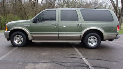 "2000 Ford Excursion 137"" WB Limited SUV"