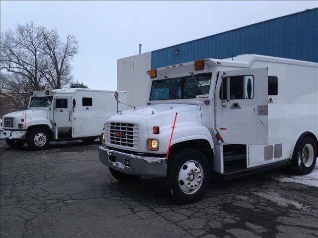 2000 GMC C6500 Armored Truck