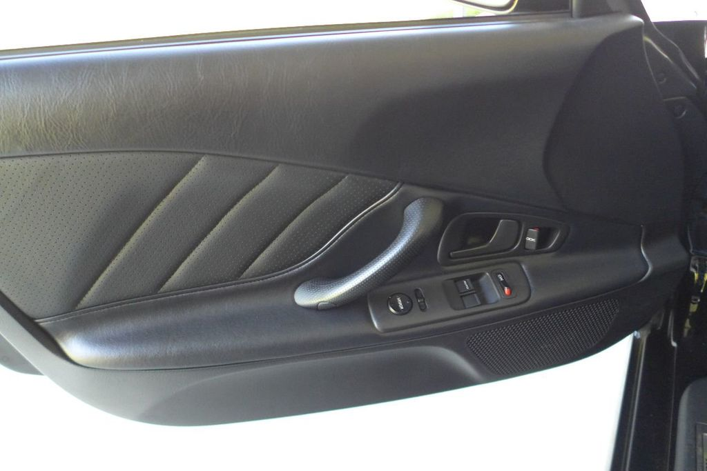 2000 Honda S2000 2dr Convertible - 17588488 - 12