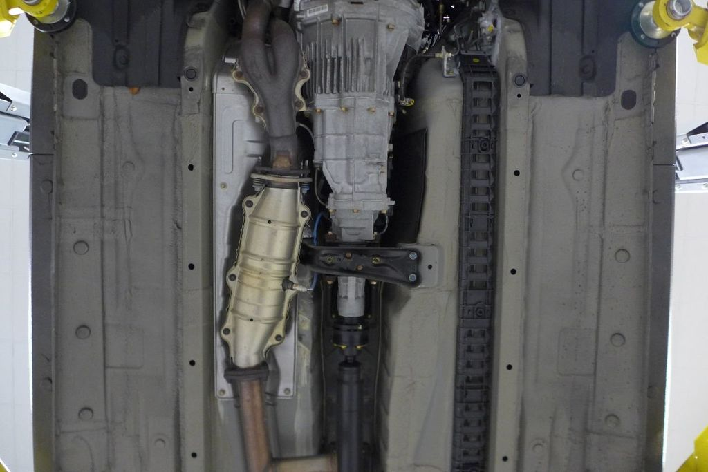 2000 Honda S2000 2dr Convertible - 17588488 - 76