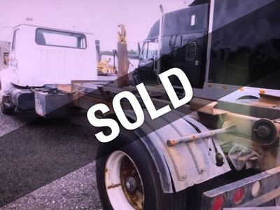 2000 International 4900 Hook Lift Roll Off Container Truck