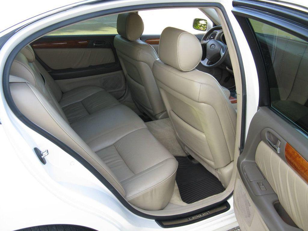 2000 Lexus GS 300 4dr Sedan - 17748335 - 11