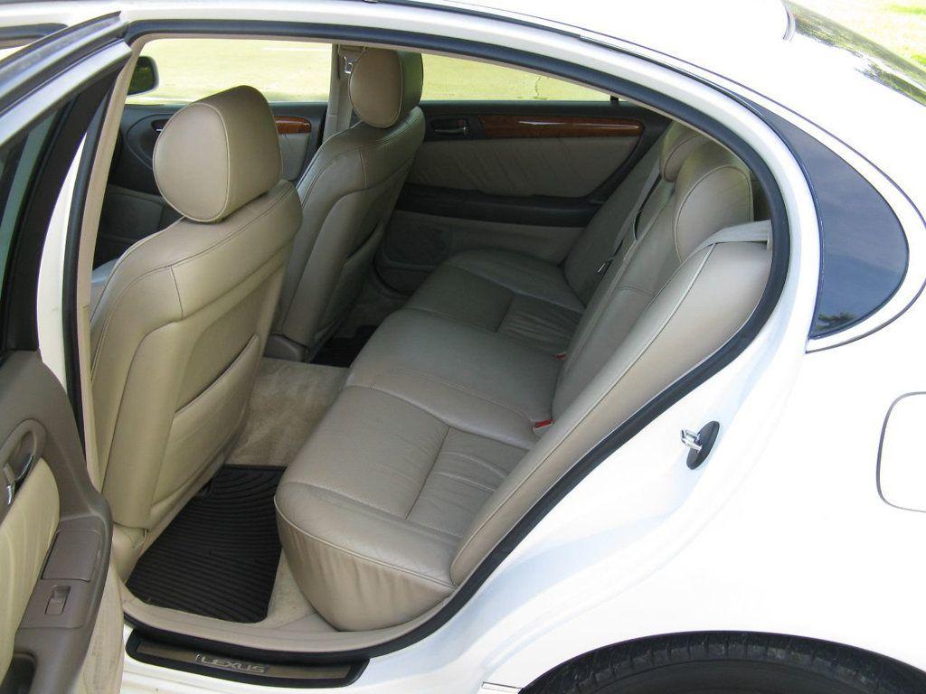 2000 Lexus GS 300 4dr Sedan - 17748335 - 12