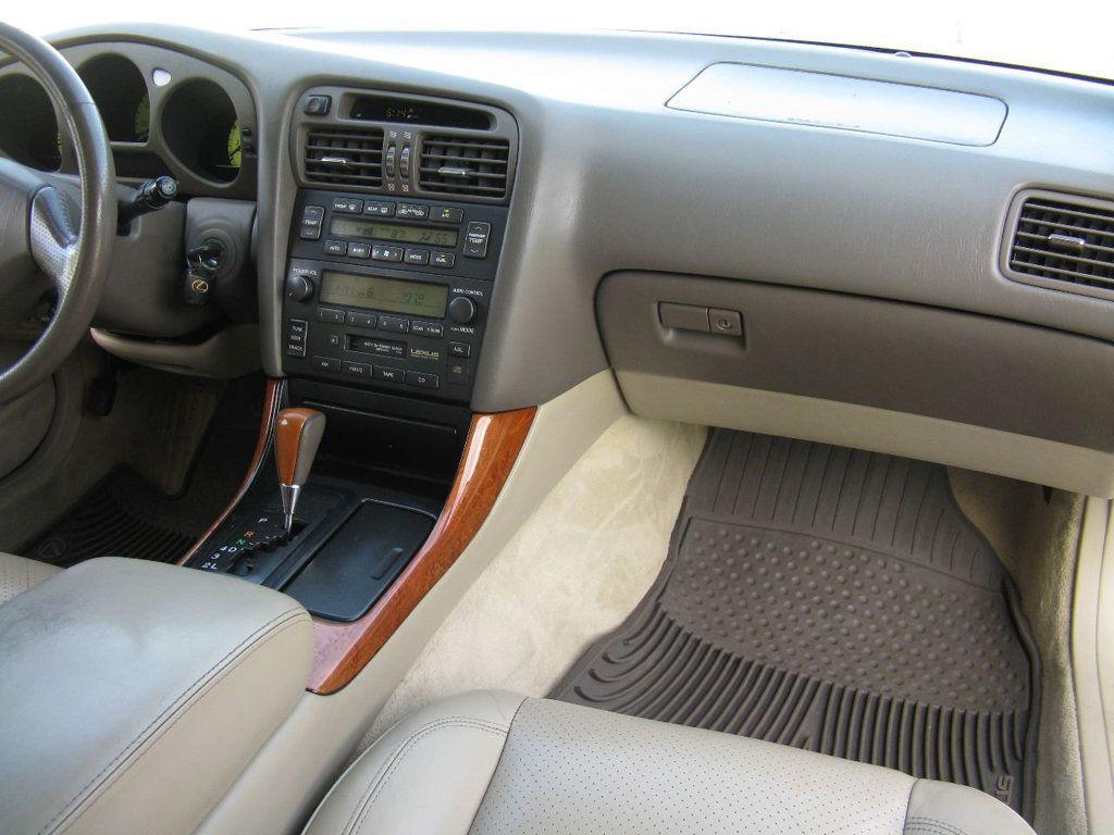 2000 Lexus GS 300 4dr Sedan - 17748335 - 14