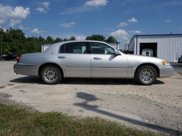 2000 LINCOLN Town Car 4dr Sedan Cartier - 14012302 - 5