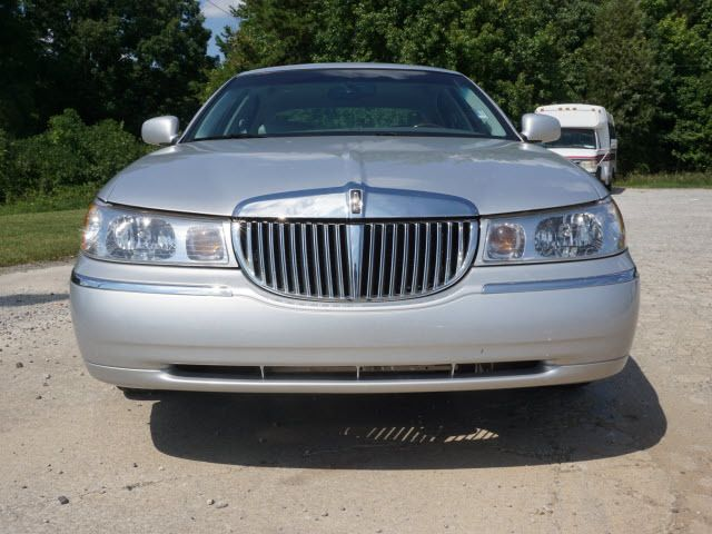 2000 LINCOLN Town Car 4dr Sedan Cartier - 14012302 - 7