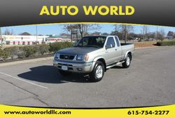 2000 Nissan Frontier 2WD - 1N6ED26T4YC326589