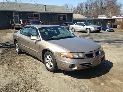 2000 Pontiac Bonneville 4dr Sedan SE - Click to see full-size photo viewer
