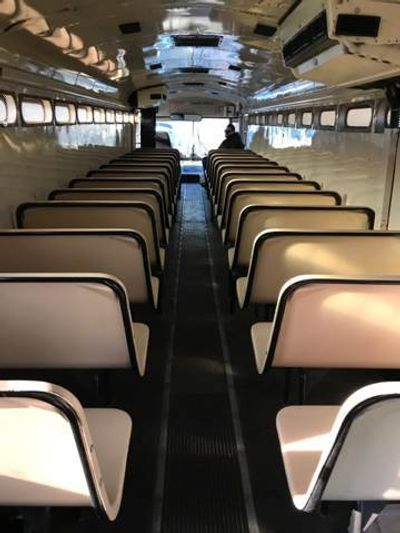 2000 Thomas Prison Bus Prison seating - Click to see full-size photo viewer