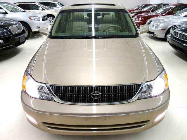 2000 Toyota Avalon XLS   Click To See Full Size Photo Viewer