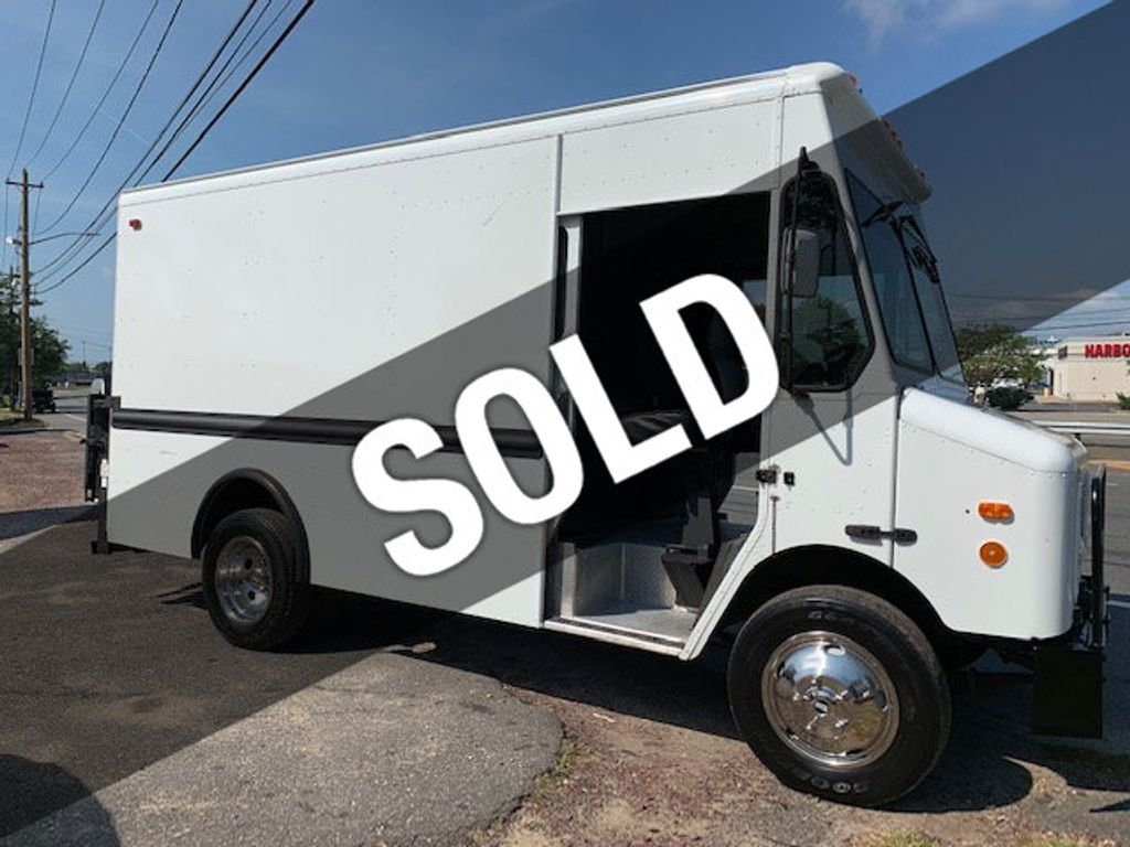 2000 Workhorse GRUMMAN OLSEN   P 30 STEPVAN LUNCH WAGON FOOD TRUCK ICE CREAM             *** LETS EAT *** - 16284739 - 0