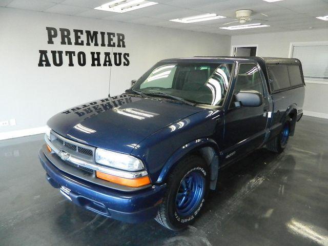 2001 Chevrolet S-10 2001 CHEVROLET REG CAB PICK UP TRUCK