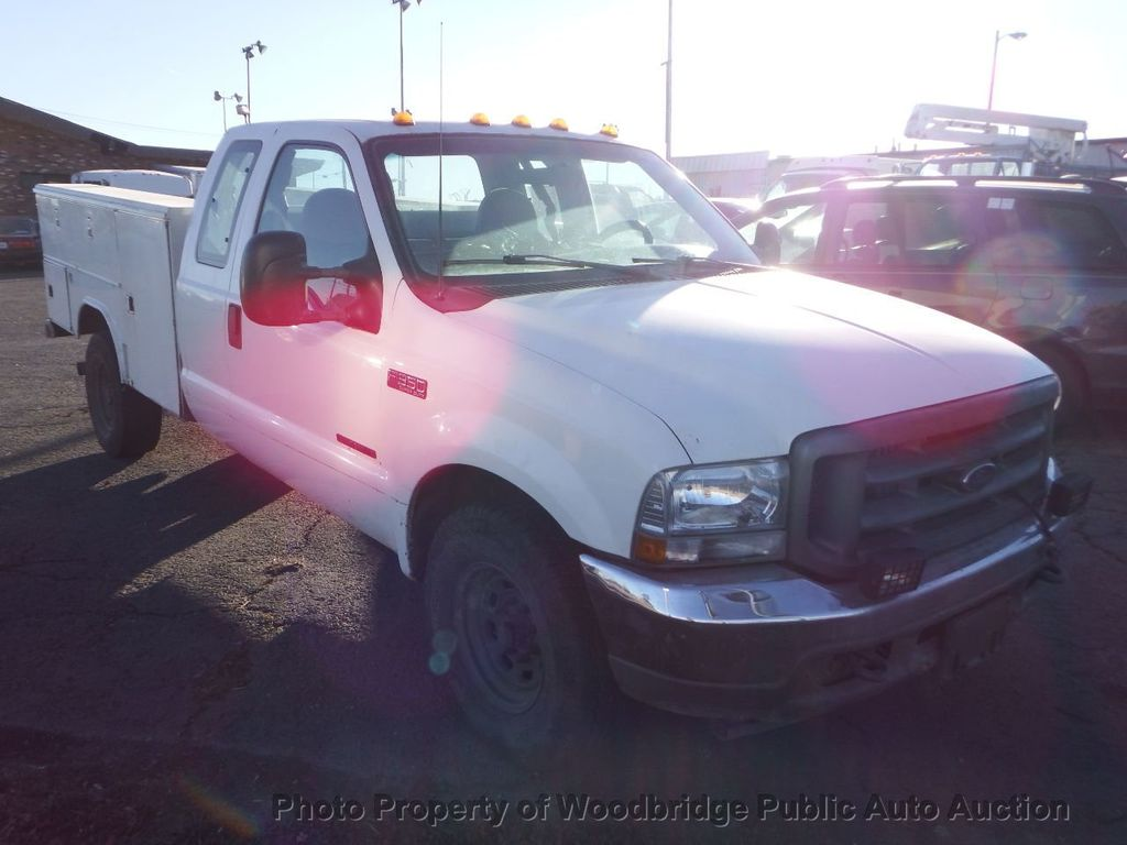 2001 Ford F350  - 17228062 - 2