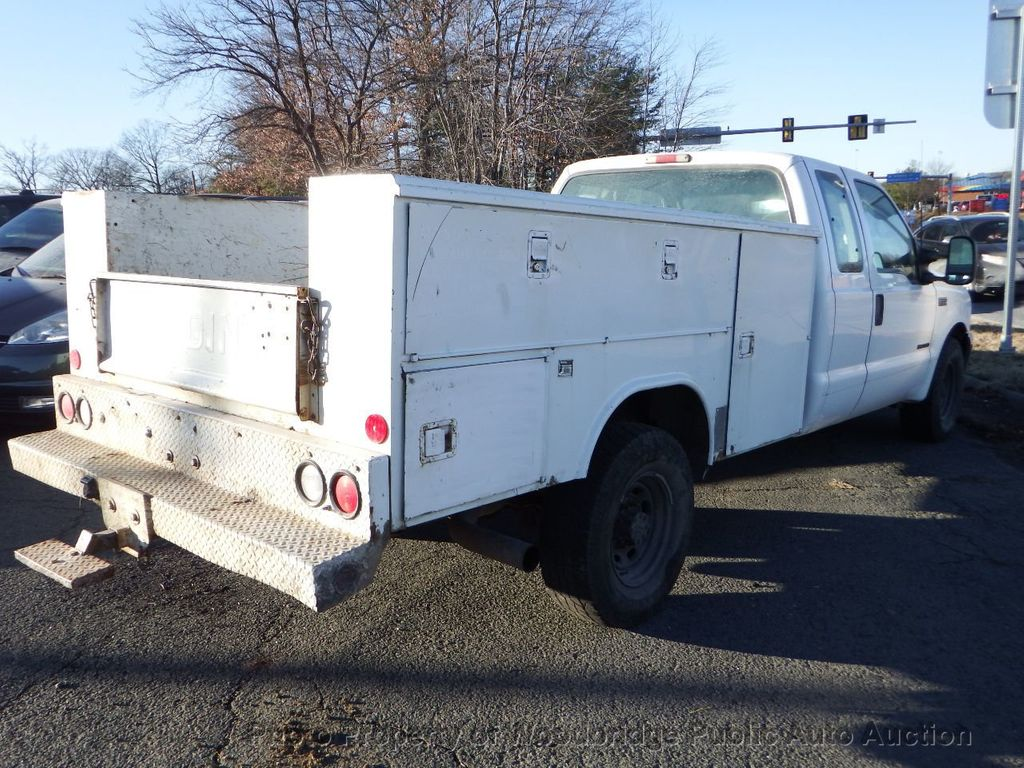 2001 Ford F350  - 17228062 - 3