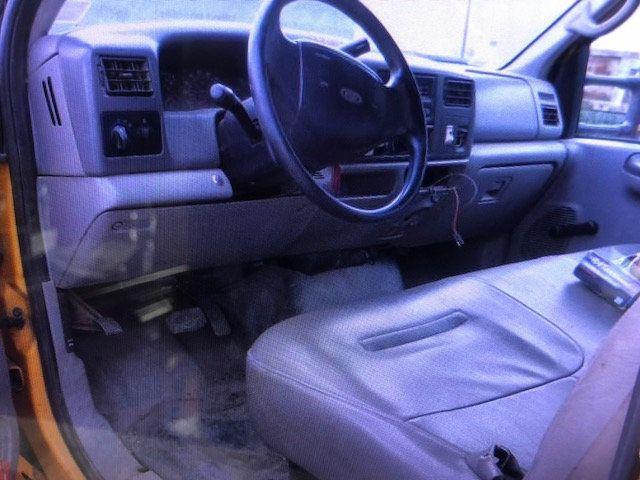 2001 Ford F550 Crew Cab Mason Dump Truck  7.3 Turbo Diesel Base Trim - 17765066 - 0