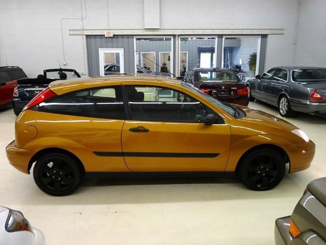 Ford Focus Zx3 >> 2001 Used Ford Focus Zx3 At Luxury Automax Serving Chambersburg Pa
