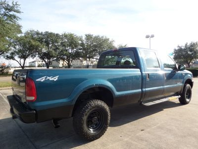 "2001 Ford Super Duty F-250 Crew Cab 172"" XLT 4WD - Click to see full-size photo viewer"