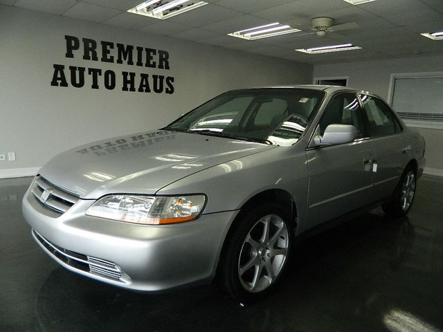 2001 Honda Accord Sedan 2001 HONDA ACCORD LX 5-SPEED MANUAL
