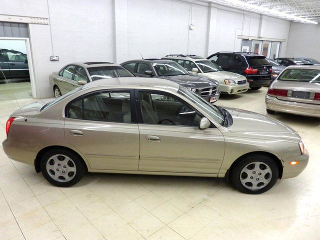 2001 Hyundai Elantra GLS 4 NEW TIRES AND ALUMINUM WHEELS - Click to see full-size photo viewer