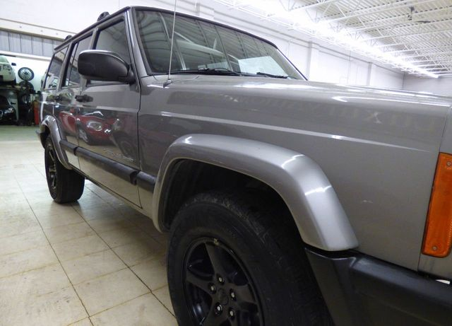 2001 Jeep Cherokee 4dr Sport 4WD - Click to see full-size photo viewer