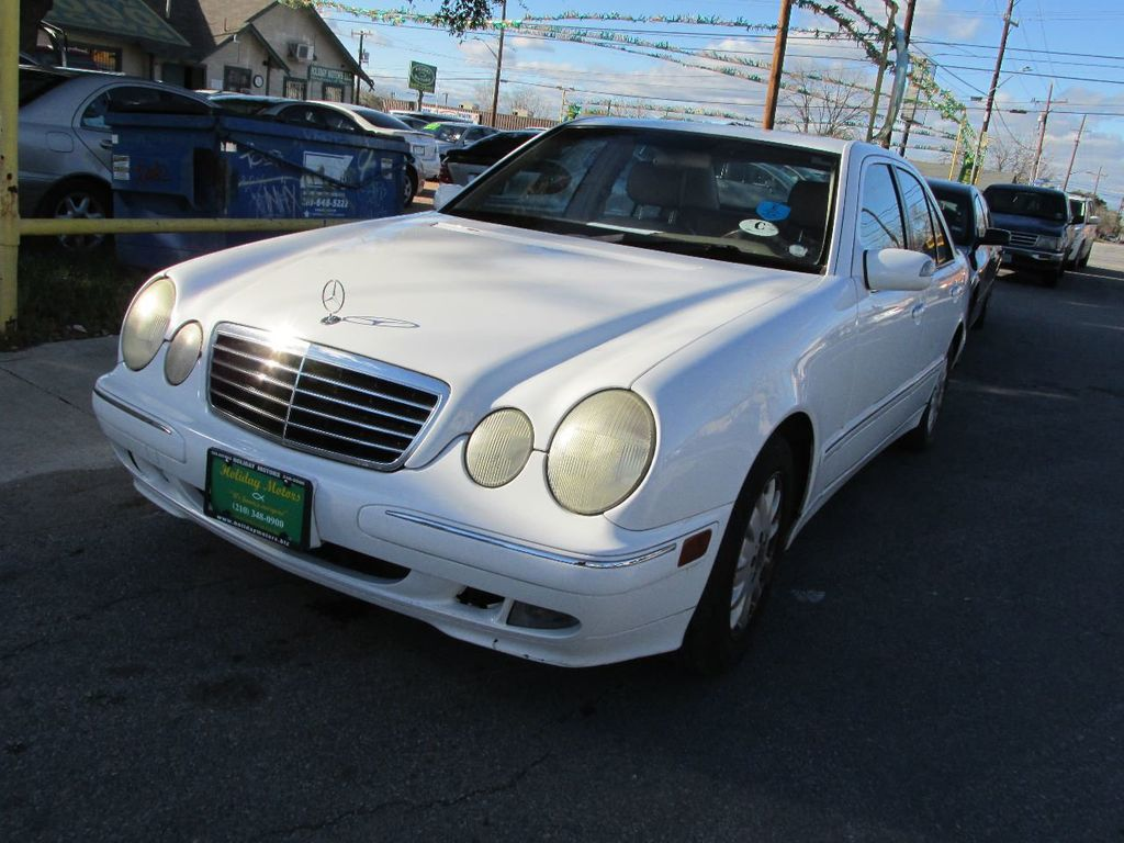 2001 Mercedes-Benz E-Class E320 4dr Sedan 3.2L - 14748201 - 0