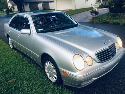 2001 Mercedes-Benz E-Class E320 4dr Sedan 3.2L